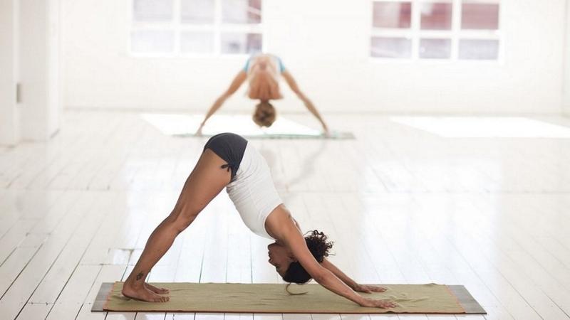 Перевёрнутые позы в йоге