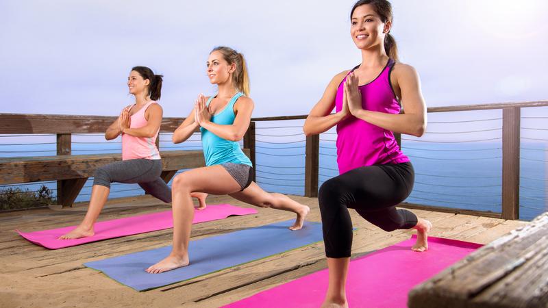 Фитнес-йога: особенности направления и упражнения