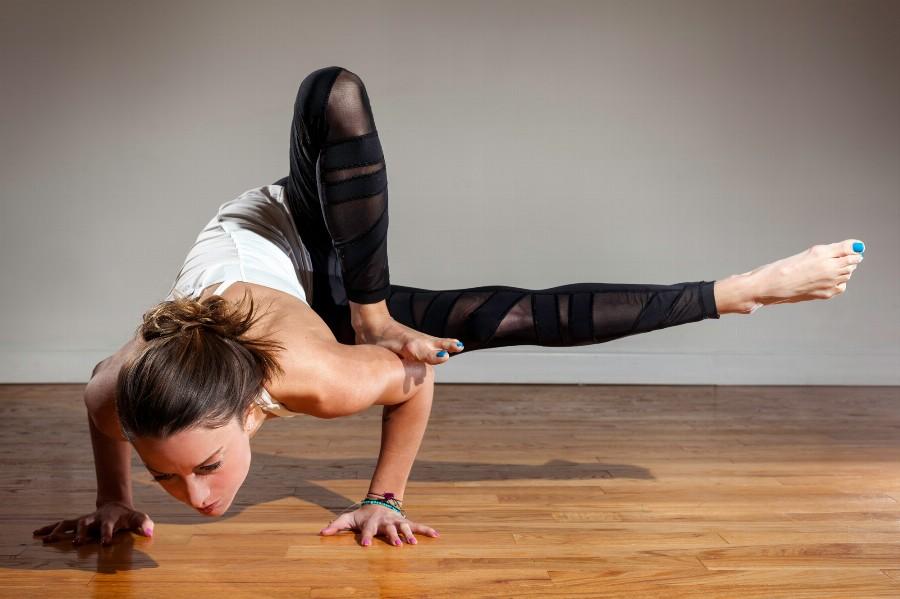 Польза силовой йоги